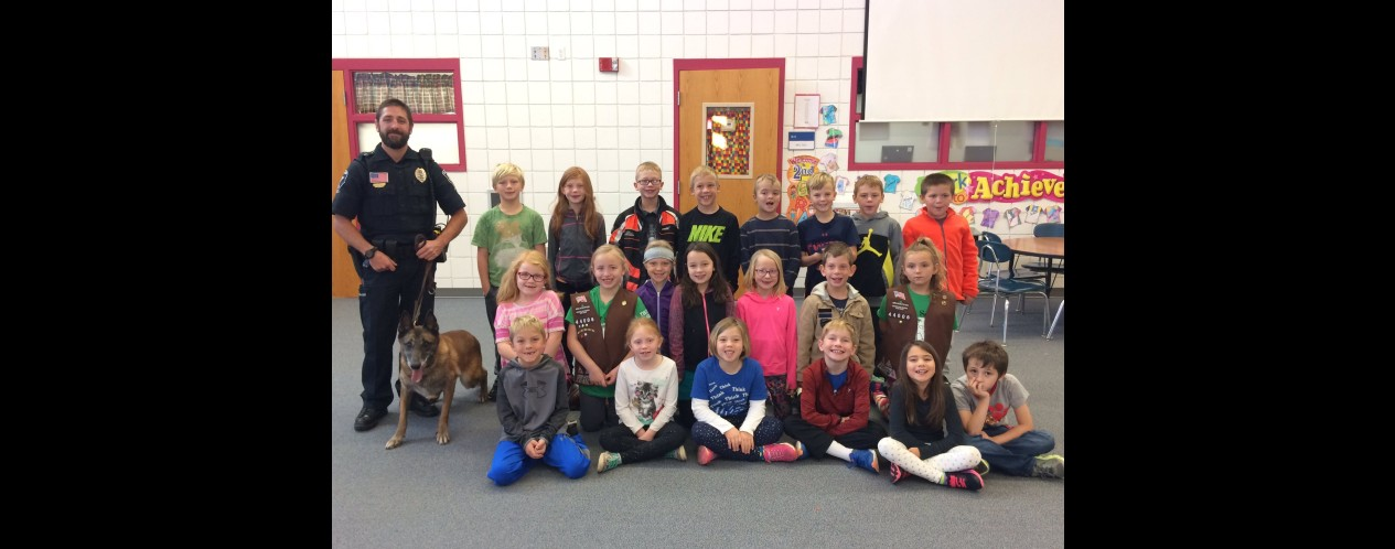 Liberty and Officer Hanson Visit Mrs. Voth's Class