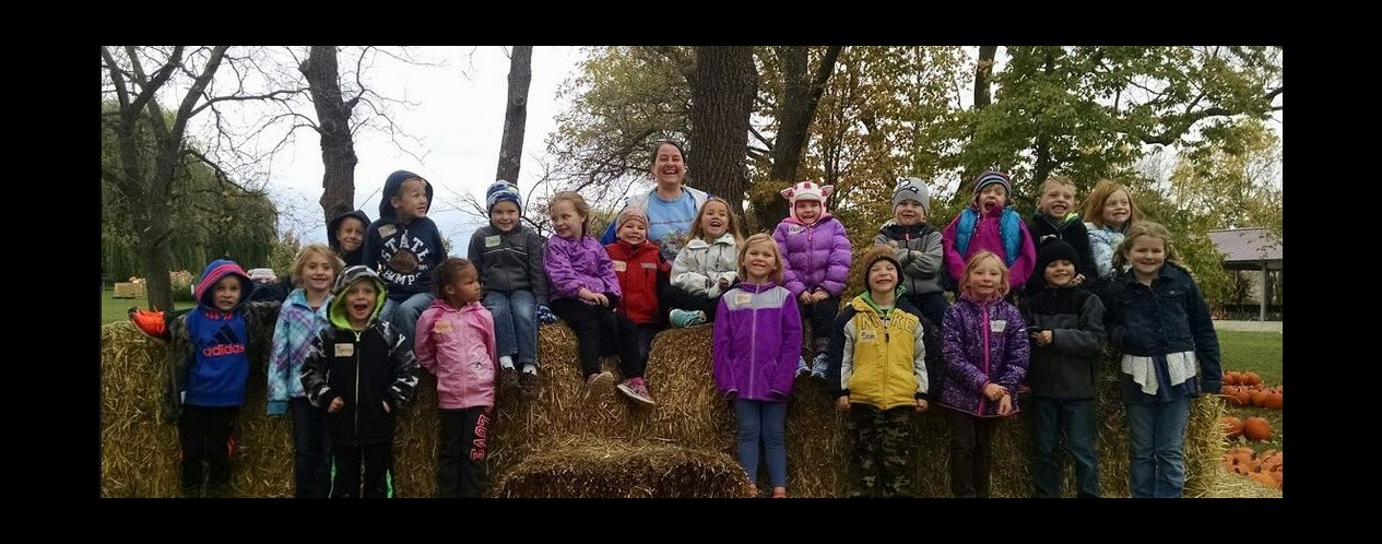 Mrs. Postier's Kindergarten Class at Northwoods Orchard